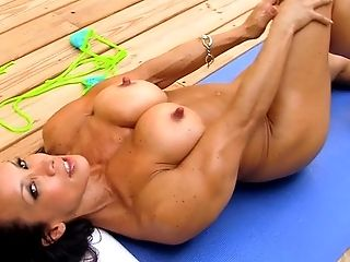 Babe, Female Bodybuilder, HD, Muscular, Solo, Voyeur,