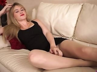 Amateur, Ass, Beauty, Big Tits, Blonde, Couch, Curvy, Masturbation, MILF, Pantyhose,