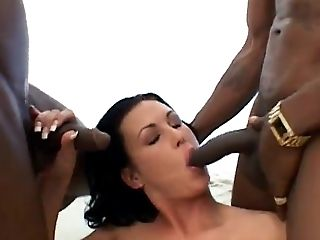 Pau Grande, Boquete, Morena , Fofa, Punheta , Hardcore , Interracial, Mmf , Threesome ,