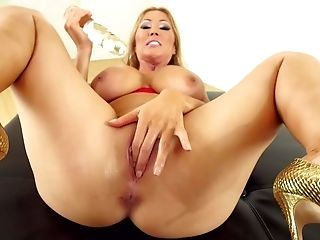 Big Tits, Brunette, Ethnic, Gangbang, Hardcore, HD, Juicy, Kianna Dior, MILF, Party,